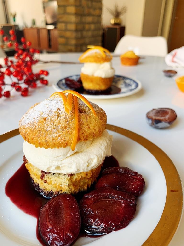 bozicni kolac sa sljivama i pomorandzom