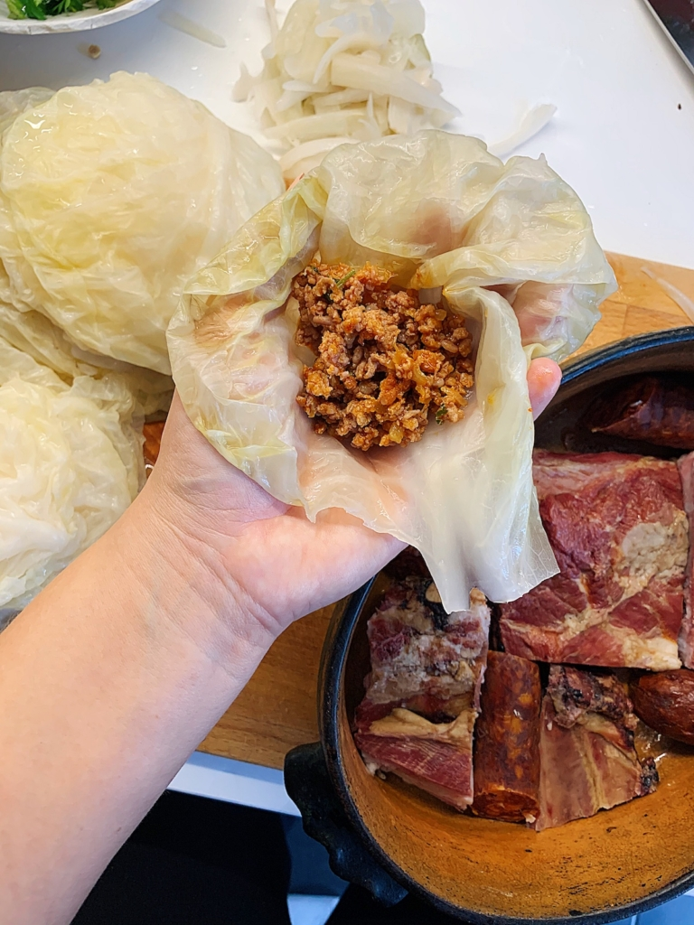 how to roll sarma